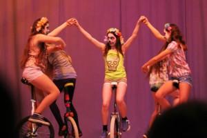 Einrad-Auftritt Monatsfeier