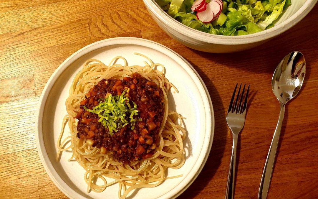 Rezepte aus der Schulküche – Vegane Spaghetti mit Linsenbolognese